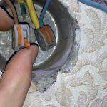 Как нарастить короткий провод внутри розетки