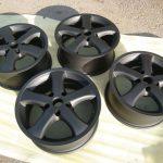 Как покрасить литые диски в черный цвет