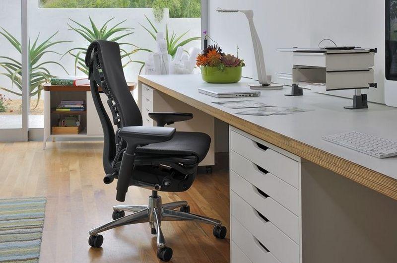 Выбор офисного кресла для работы